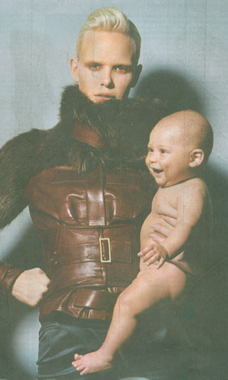 gucci-with-baby